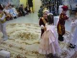 2012_12_25 Утренник в д/с. Танец золушки и принца.
